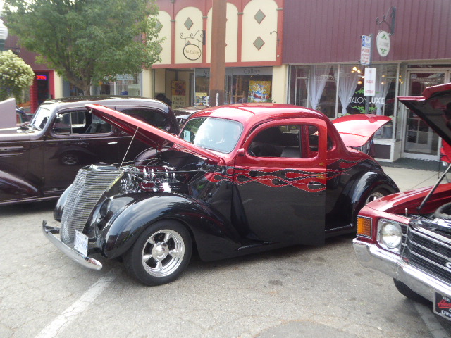 Club pick '37 Ford owner wins an embroidered jacket